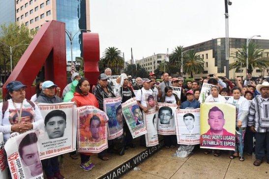Desaparecidos-familias-México